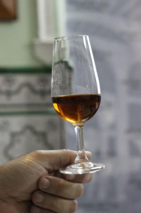 Cata de Vino Amontillado en Bar Vicente Los Pepes El Puerto de Santa María