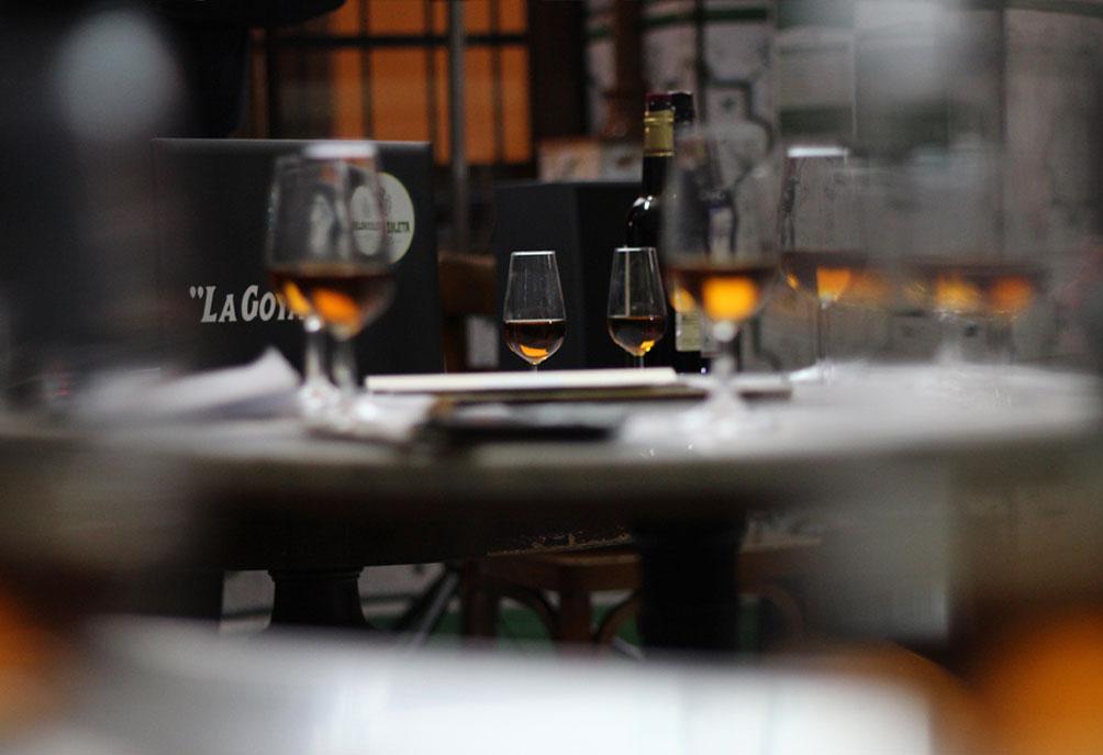 Cata de Vino Amontillado en Bar Vicente Los Pepes